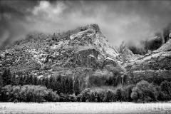 Yosemite-clearing-storm