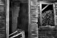 abandoned-barn-bodie-california